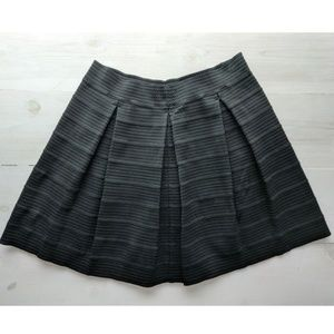 Short super stretch black skirt by Attention. XL